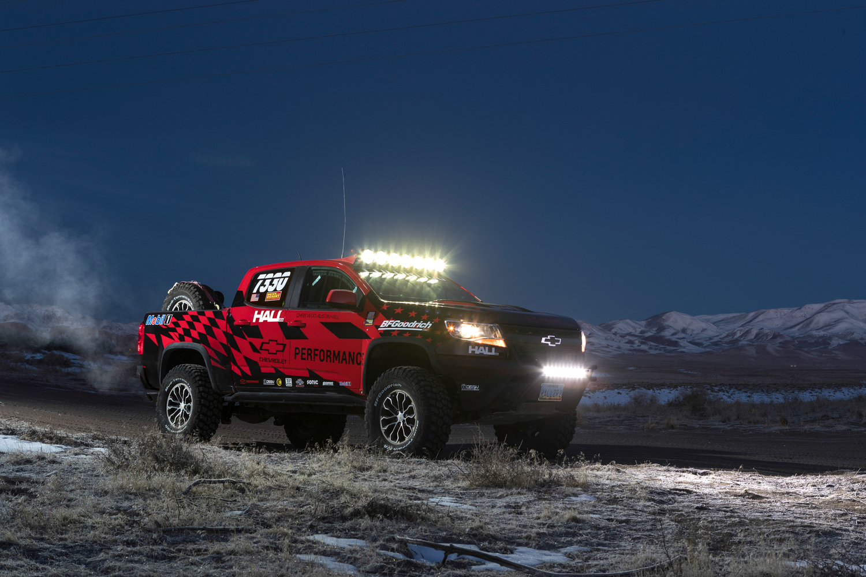 Colorado ZR2 race parts night light bar