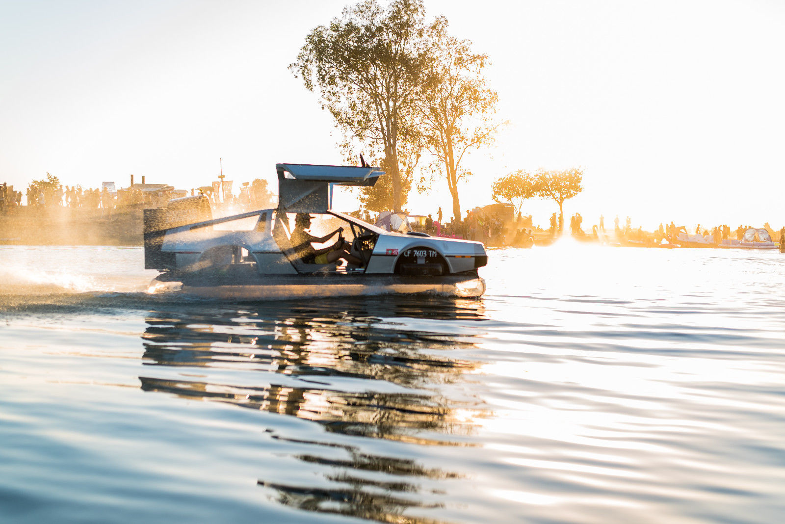 delorean hovercraft sunset side