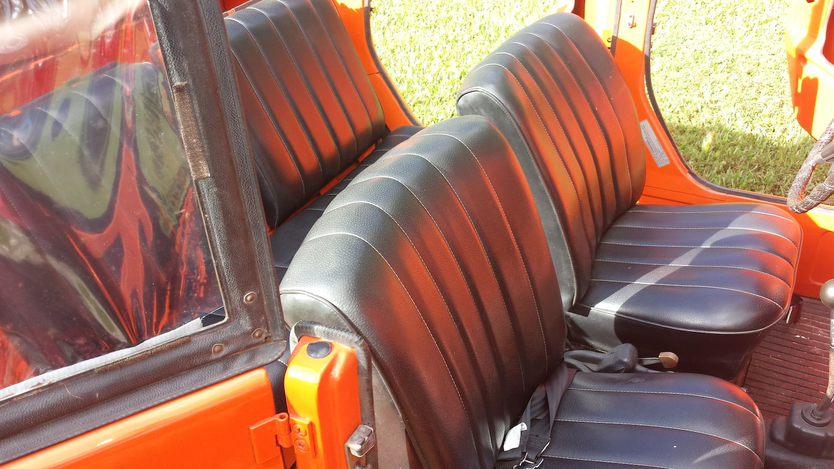 1974 Volkswagen Thing seats