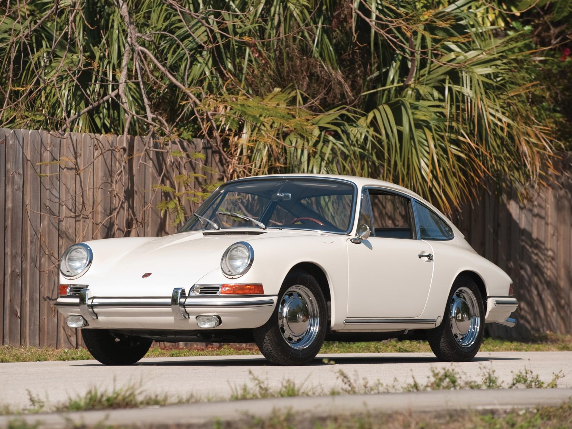 1964 Porsche 911 white 3/4
