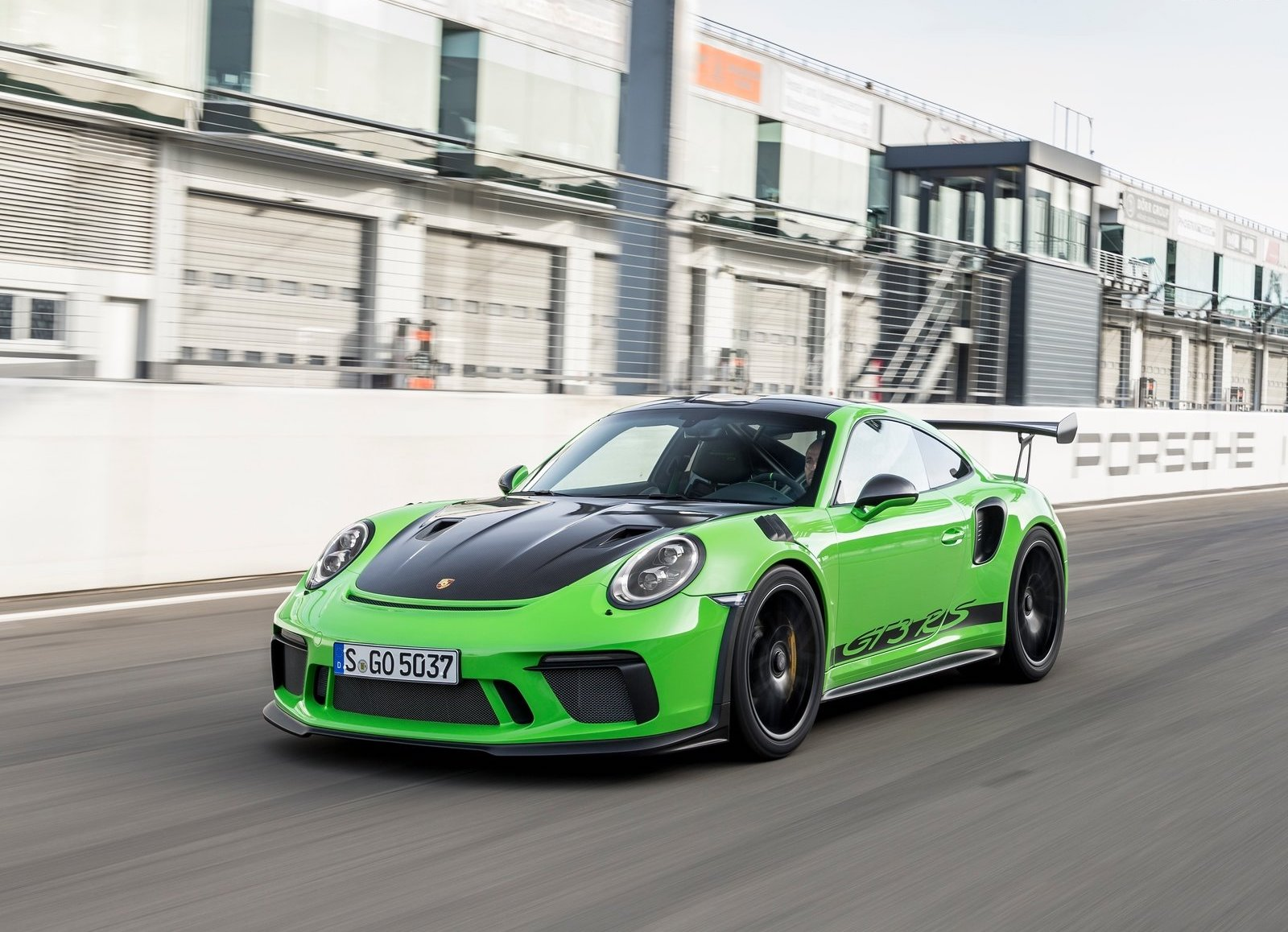 2019 Porsche 911 GT3 RS Weissach package green