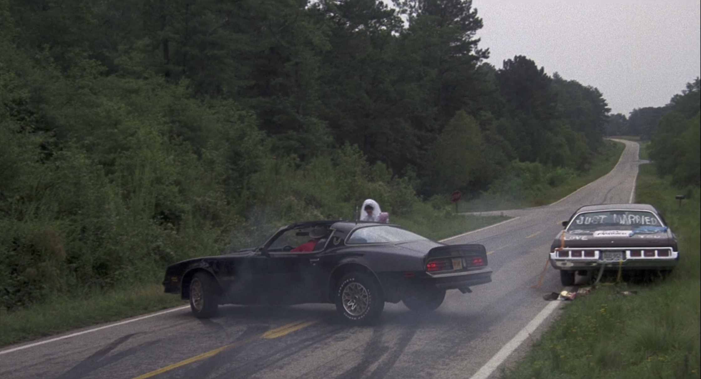 Smokey and the bandit pick up sally field just married