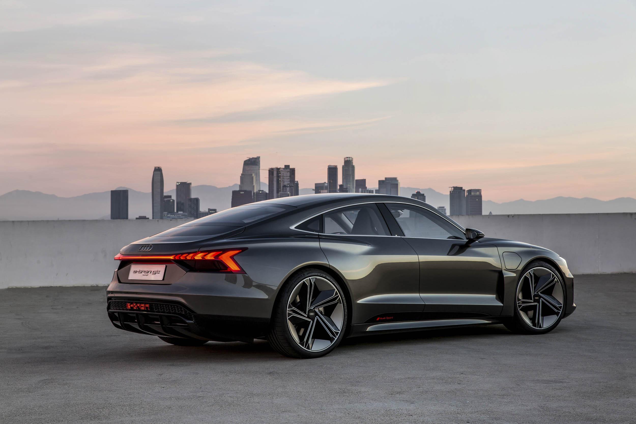 Audi e-tron GT rear 3/4 with a skyline