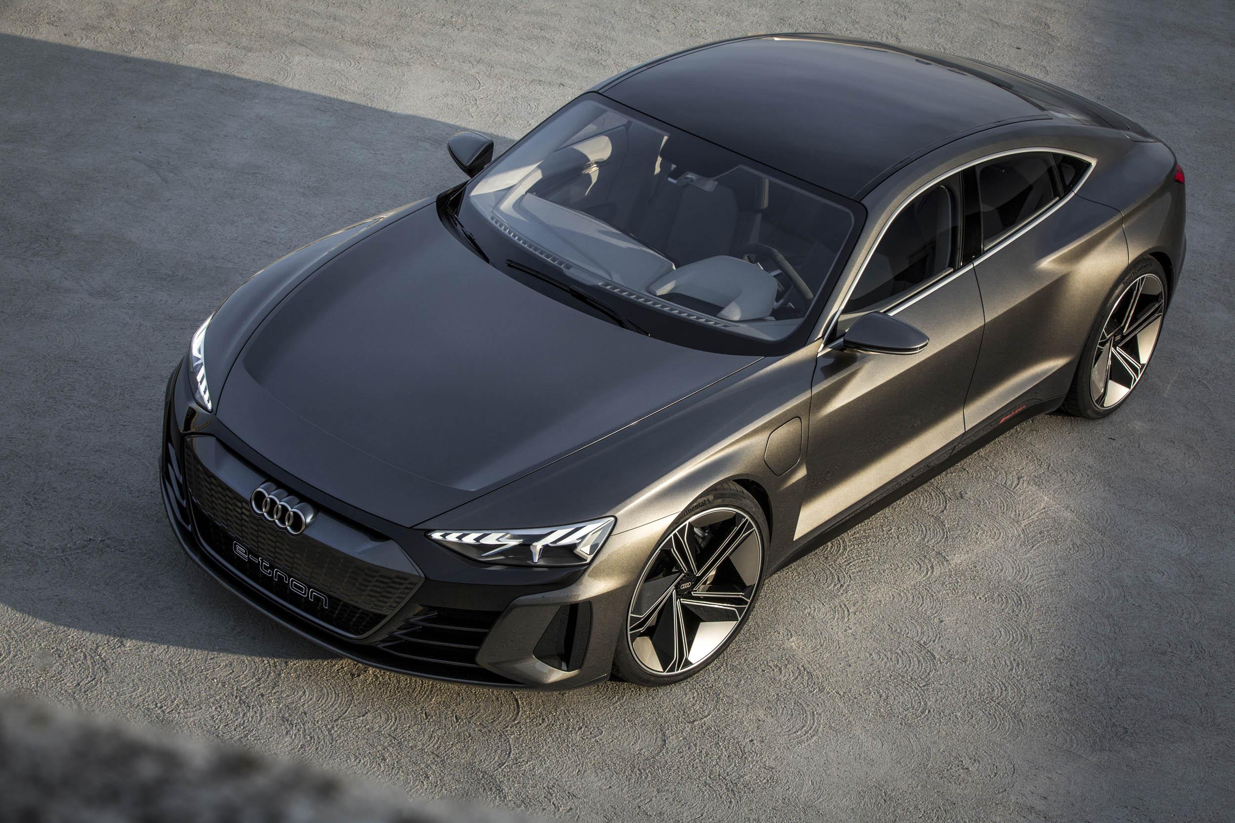 Audi e-tron GT overhead