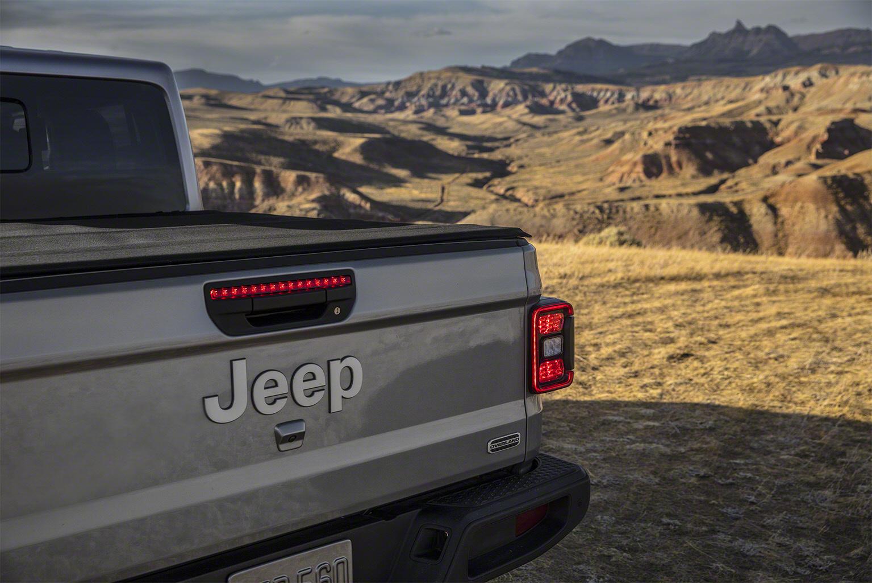 2020 Jeep Gladiator tailgate