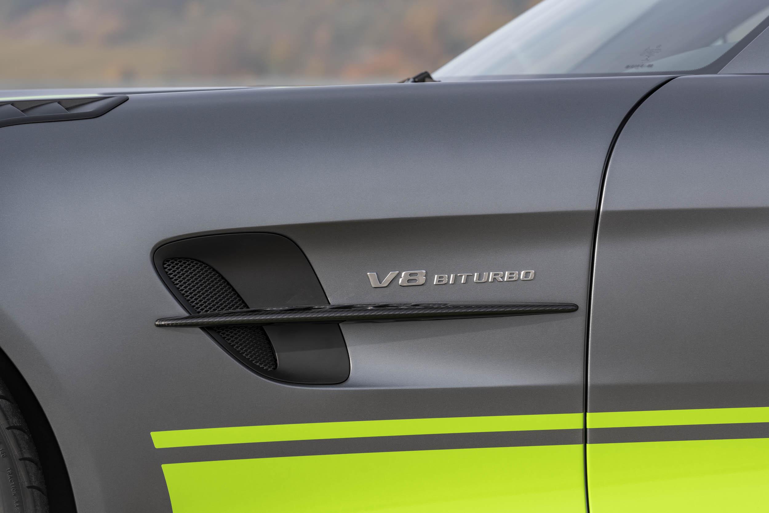 Mercedes-AMG GT R Pro V8 Biturbo badge