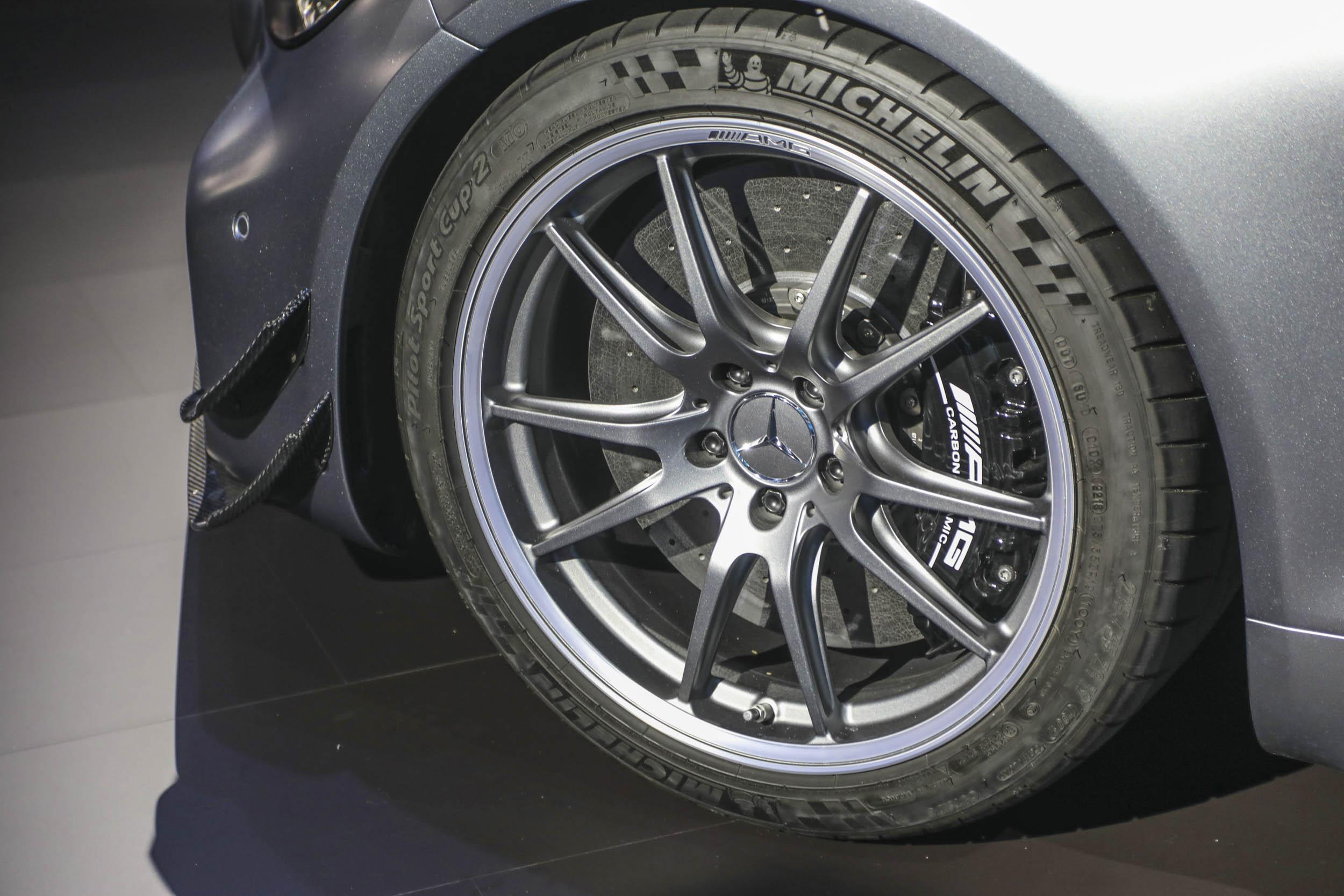Mercedes-AMG GT R Pro ceramic brakes