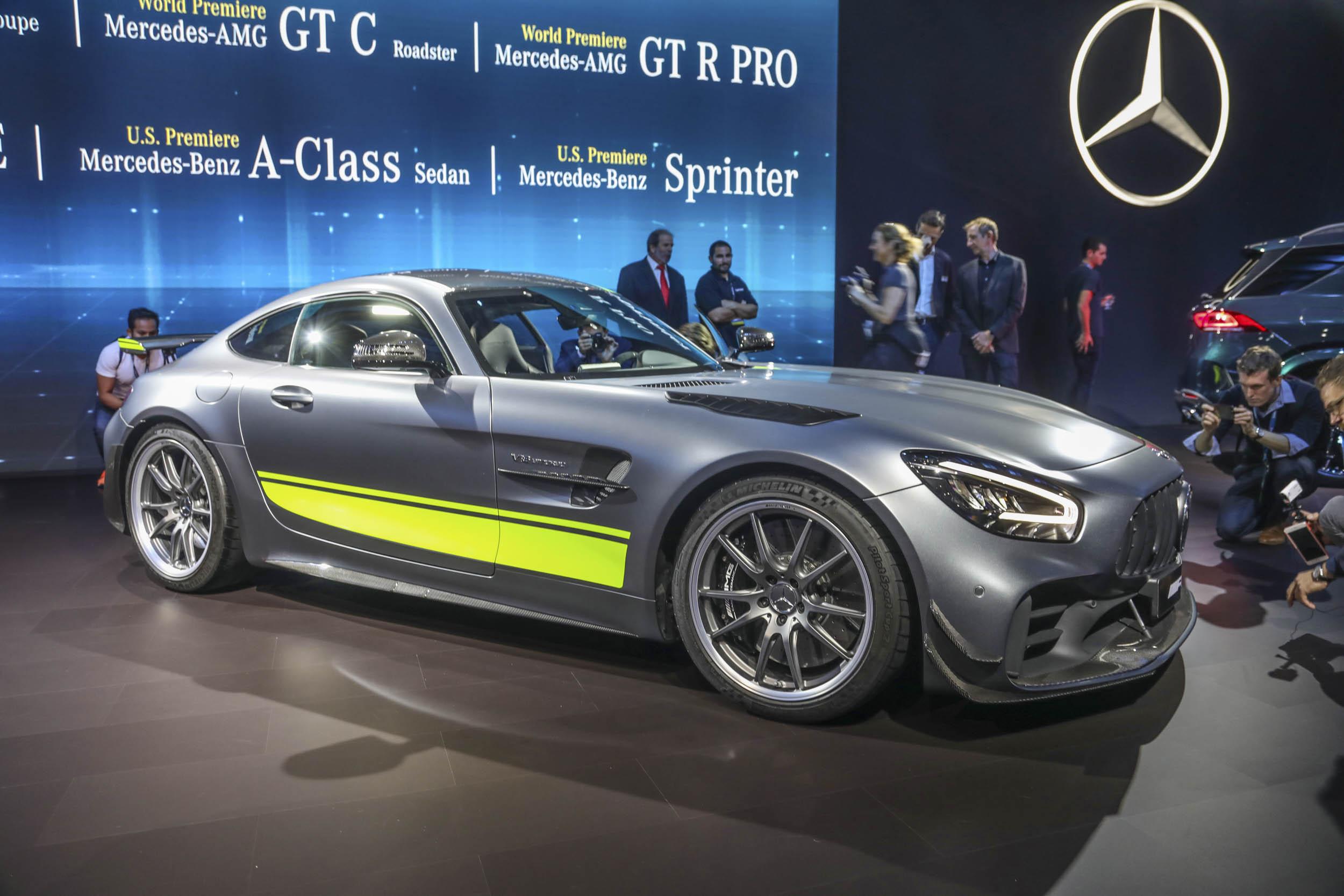 Mercedes-AMG GT R Pro LA Auto Show