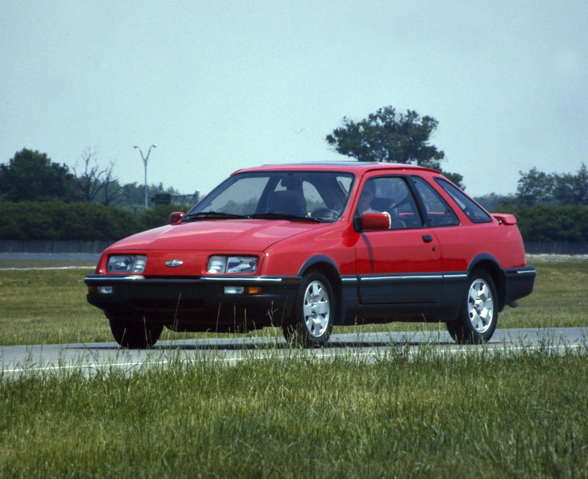 Red 1988 Merkur Scorpio