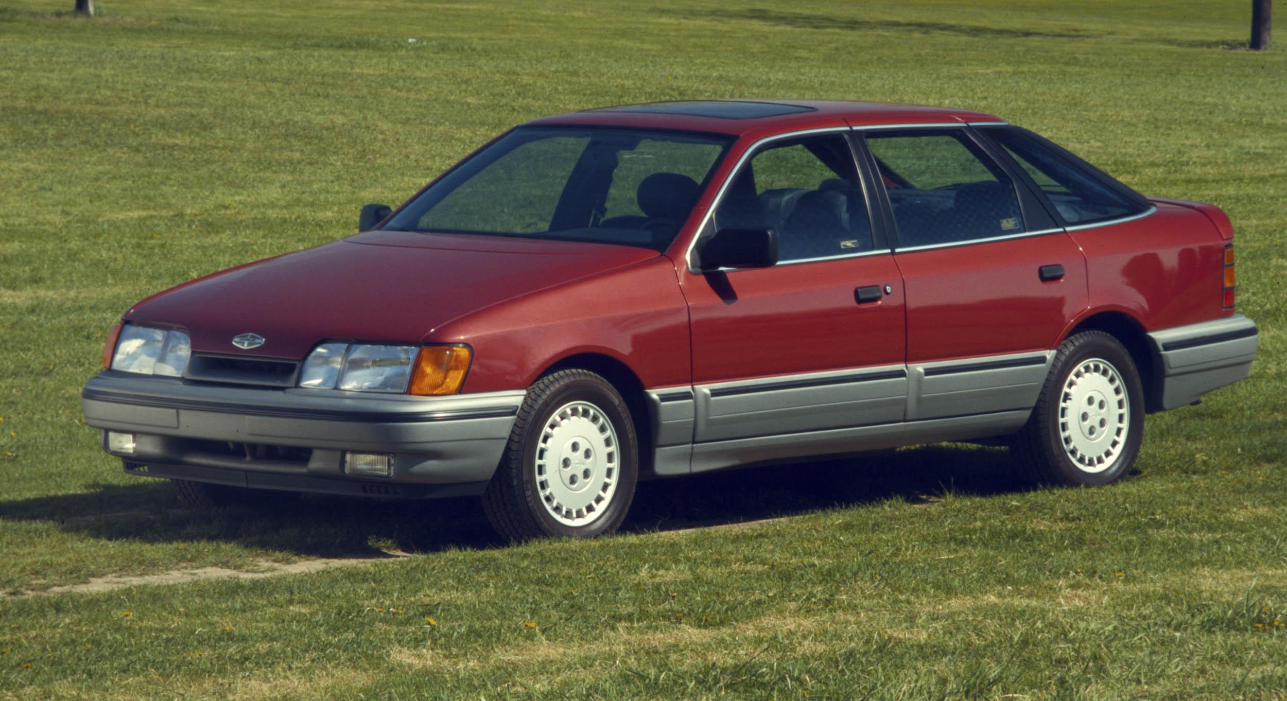1988 Merkur Scorpio front 3/4