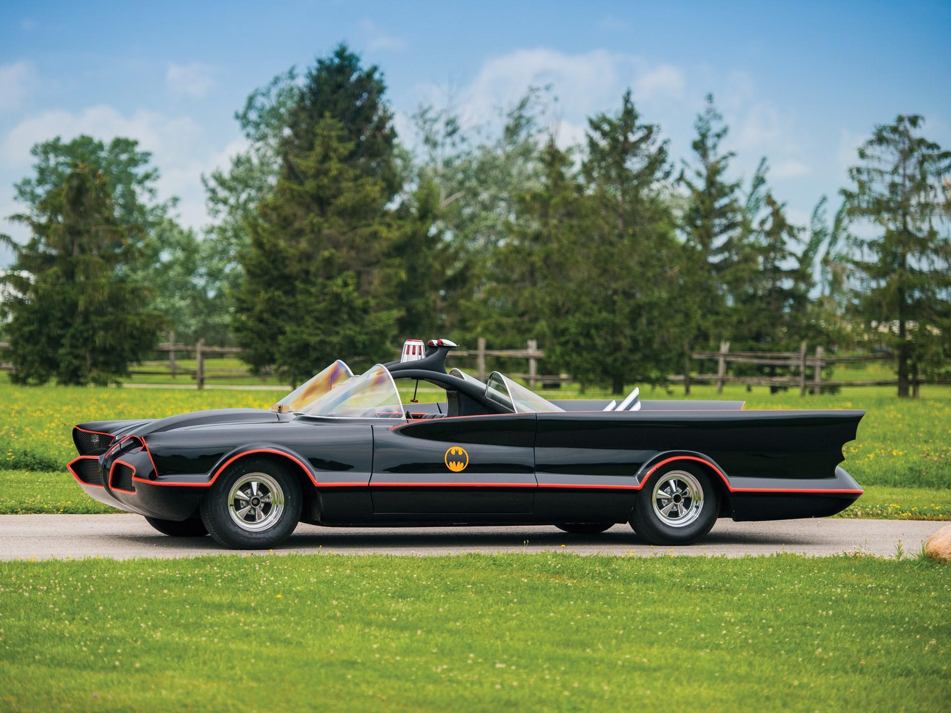 1966 Batmobile Recreation side profile