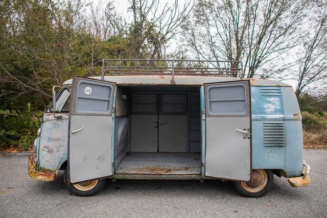 1962 Volkswagen Vanagon side open