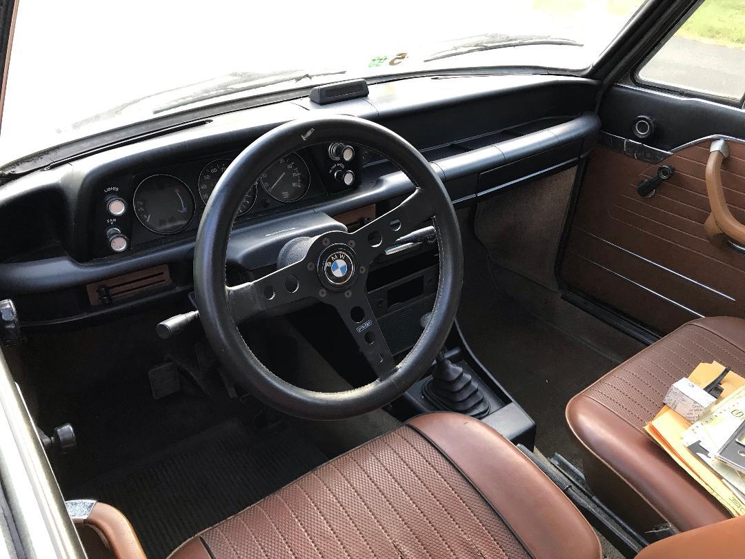 1972 BMW 2002tii interior
