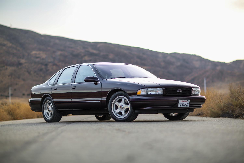 94 95 96 chevrolet impala GM quarter panel emblem SS black chevy