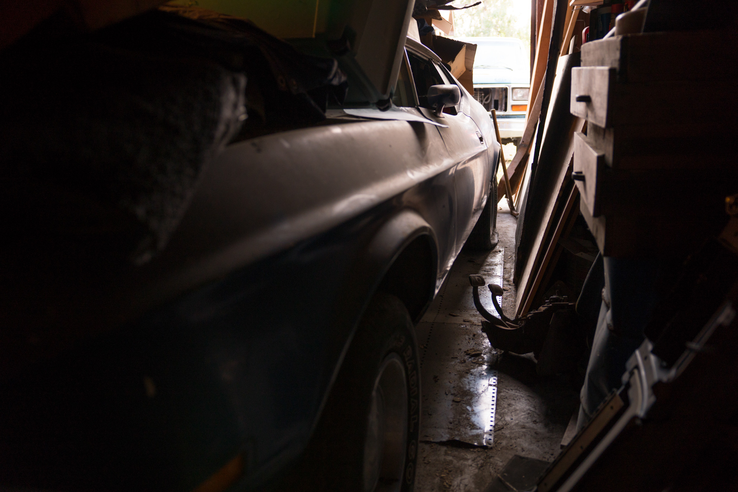 Barn find hunter alaska mach 1 side