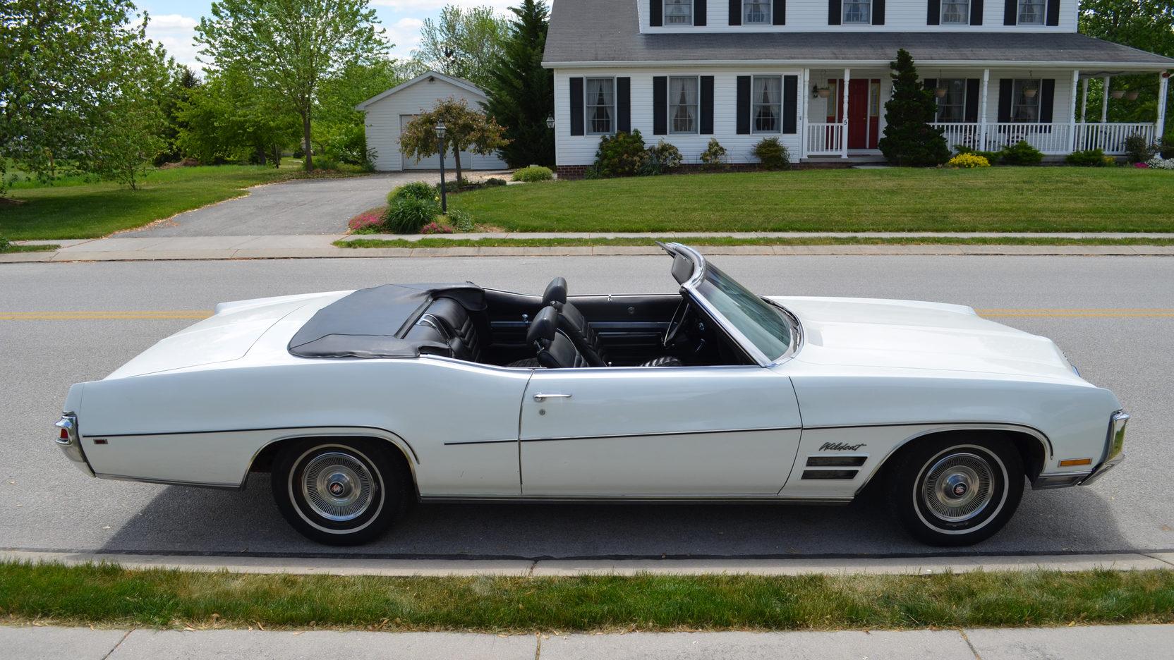 1970 Buick Wildcat top down side