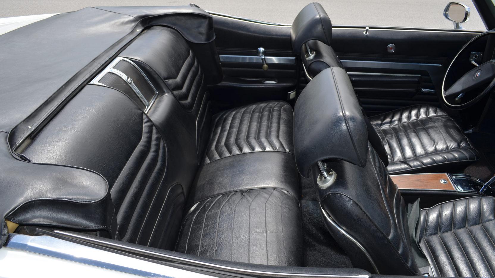 1970 Buick Wildcat interior rear seats