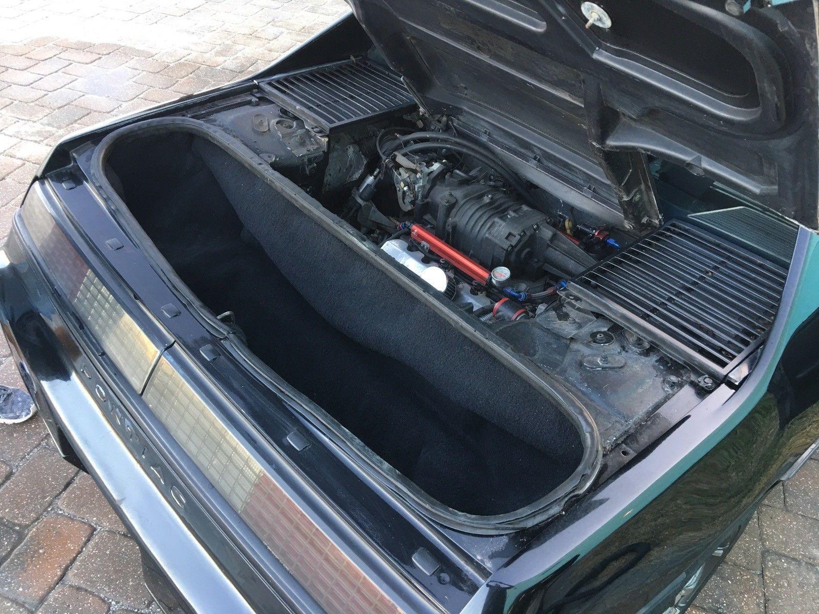1986 Pontiac Fiero  rear trunk
