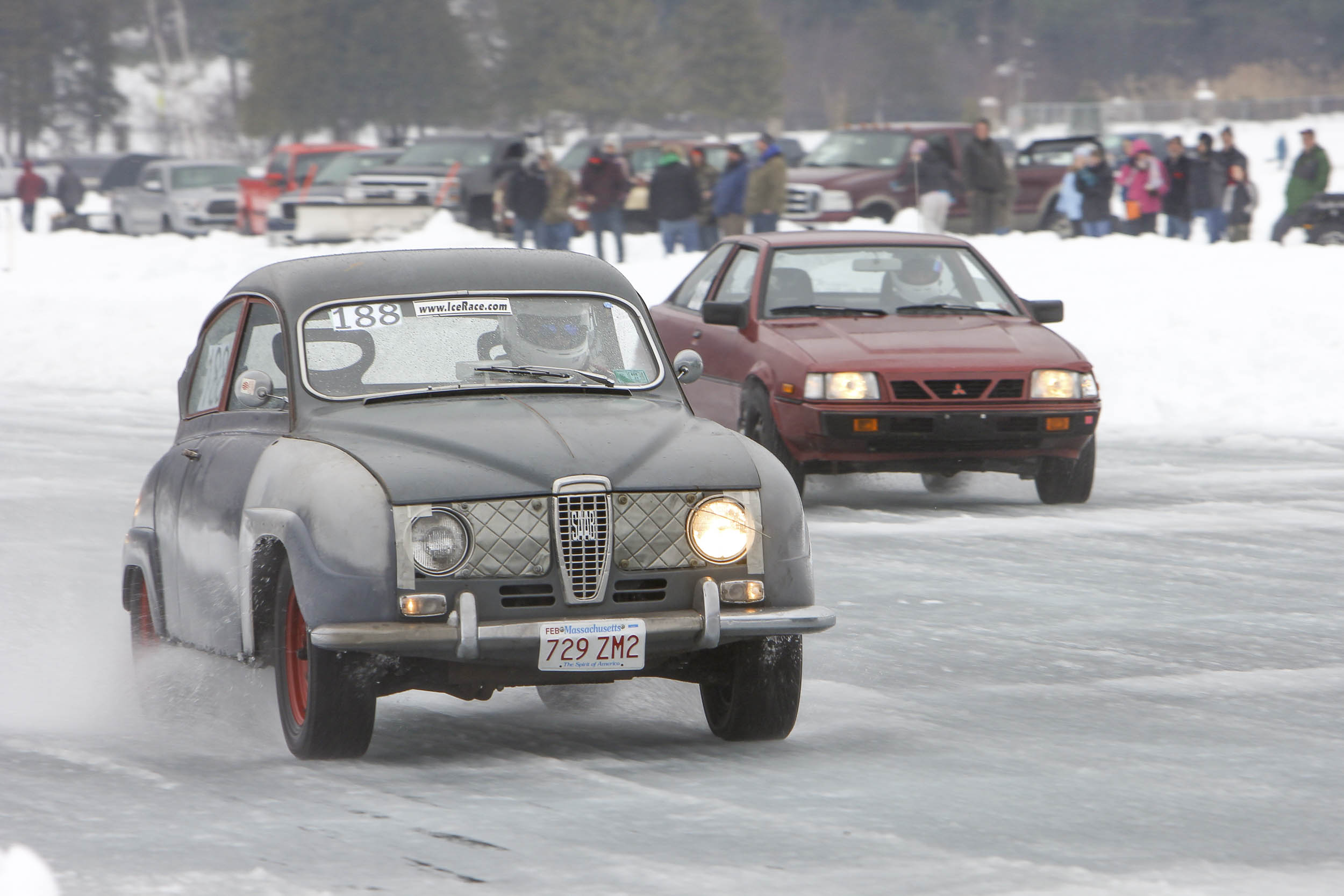 Saab and Mitsubishi racing on ice