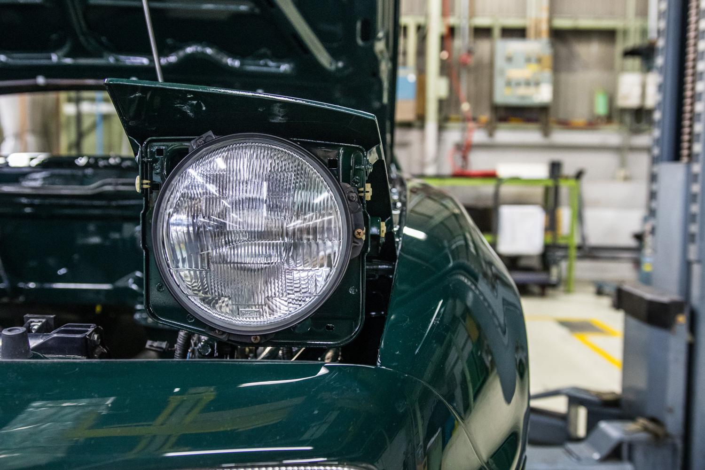NA miata restoration headlight detail
