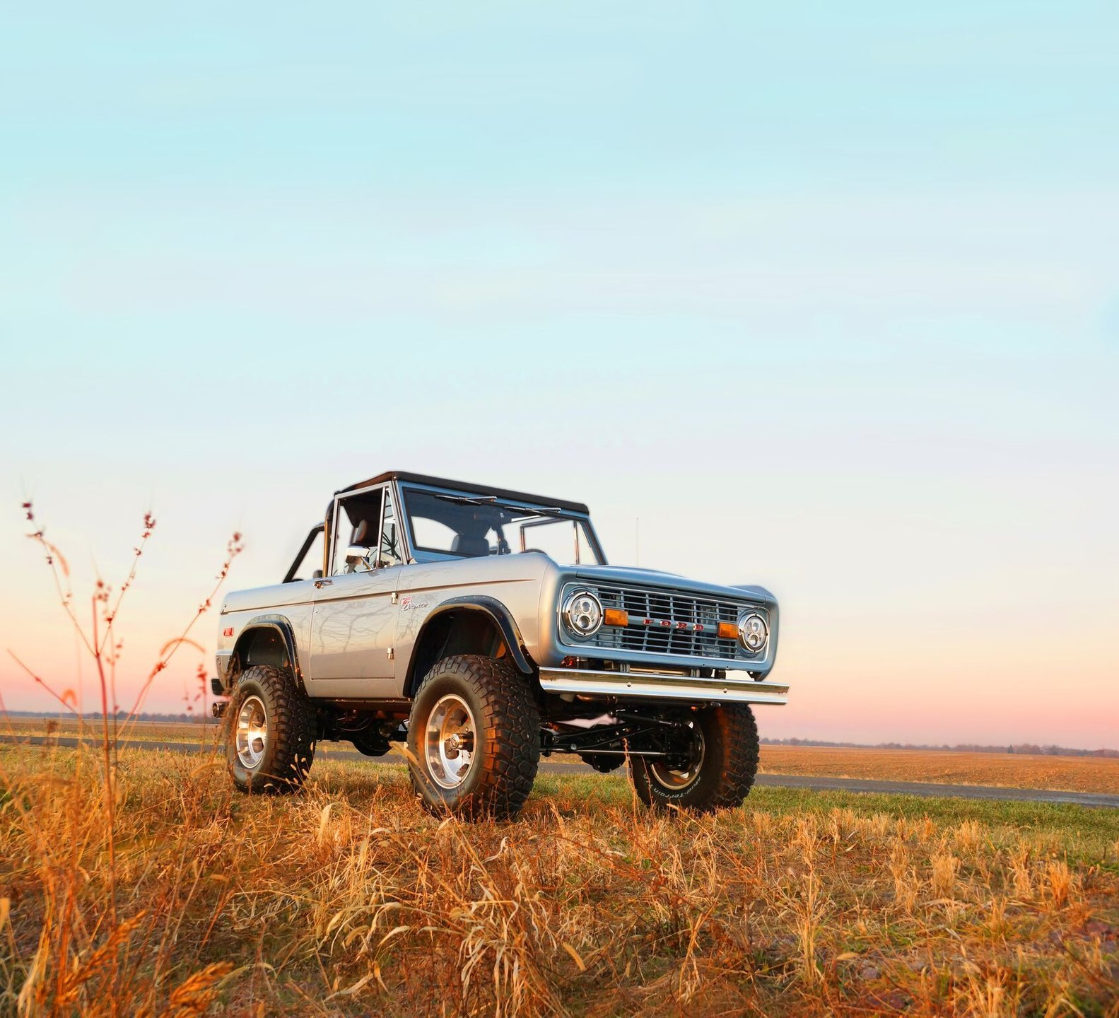 Your brand-new 1966-77 Ford Bronco has arrived thumbnail