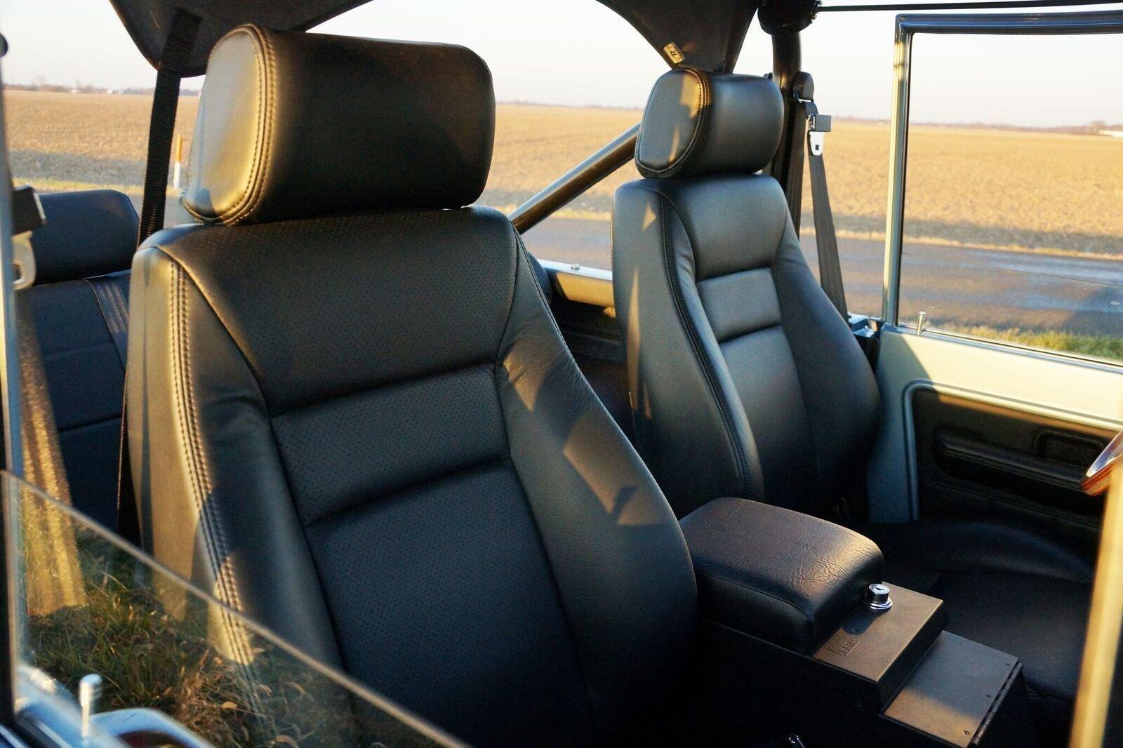 Gateway Bronco seats