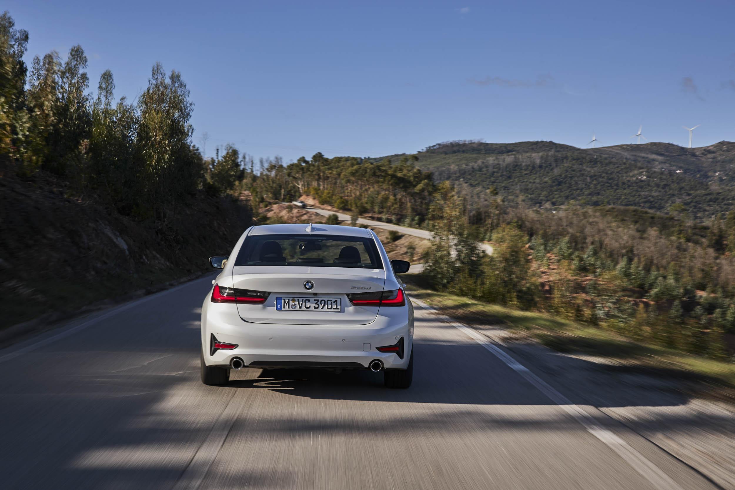 2019 BMW 320d Sport Line rear