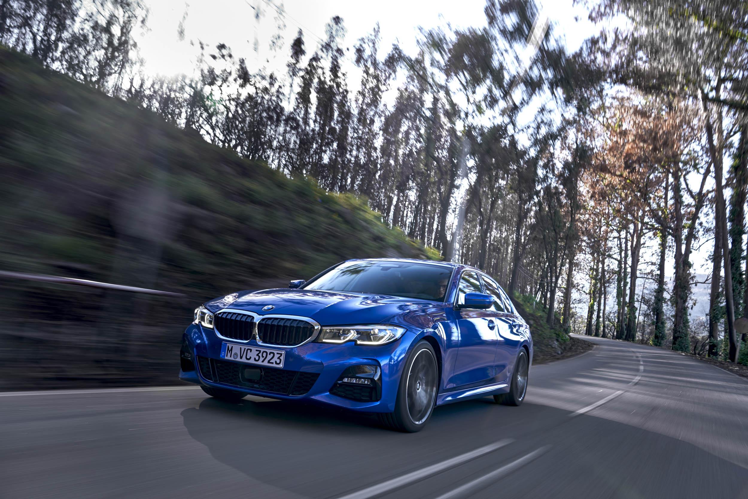 2019 BMW 330i M Sport driving