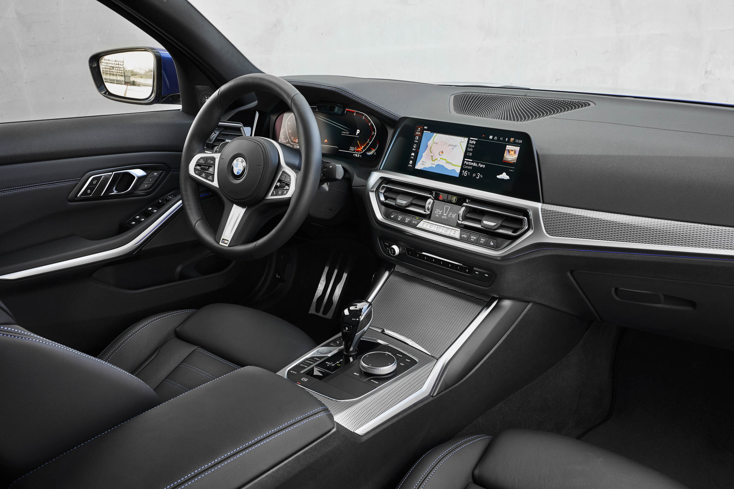 2019 BMW 330i M Sport drivers seat