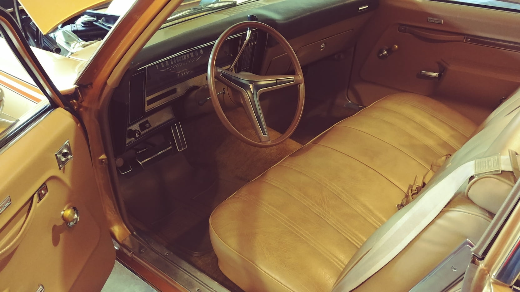 1974 Pontiac GTO bench seat