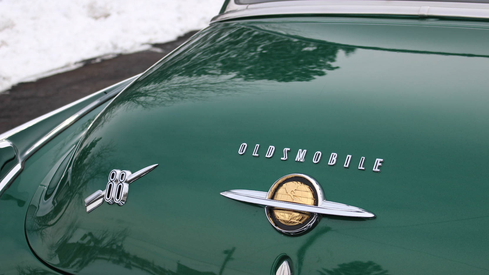 1950 Oldsmobile 88 badge
