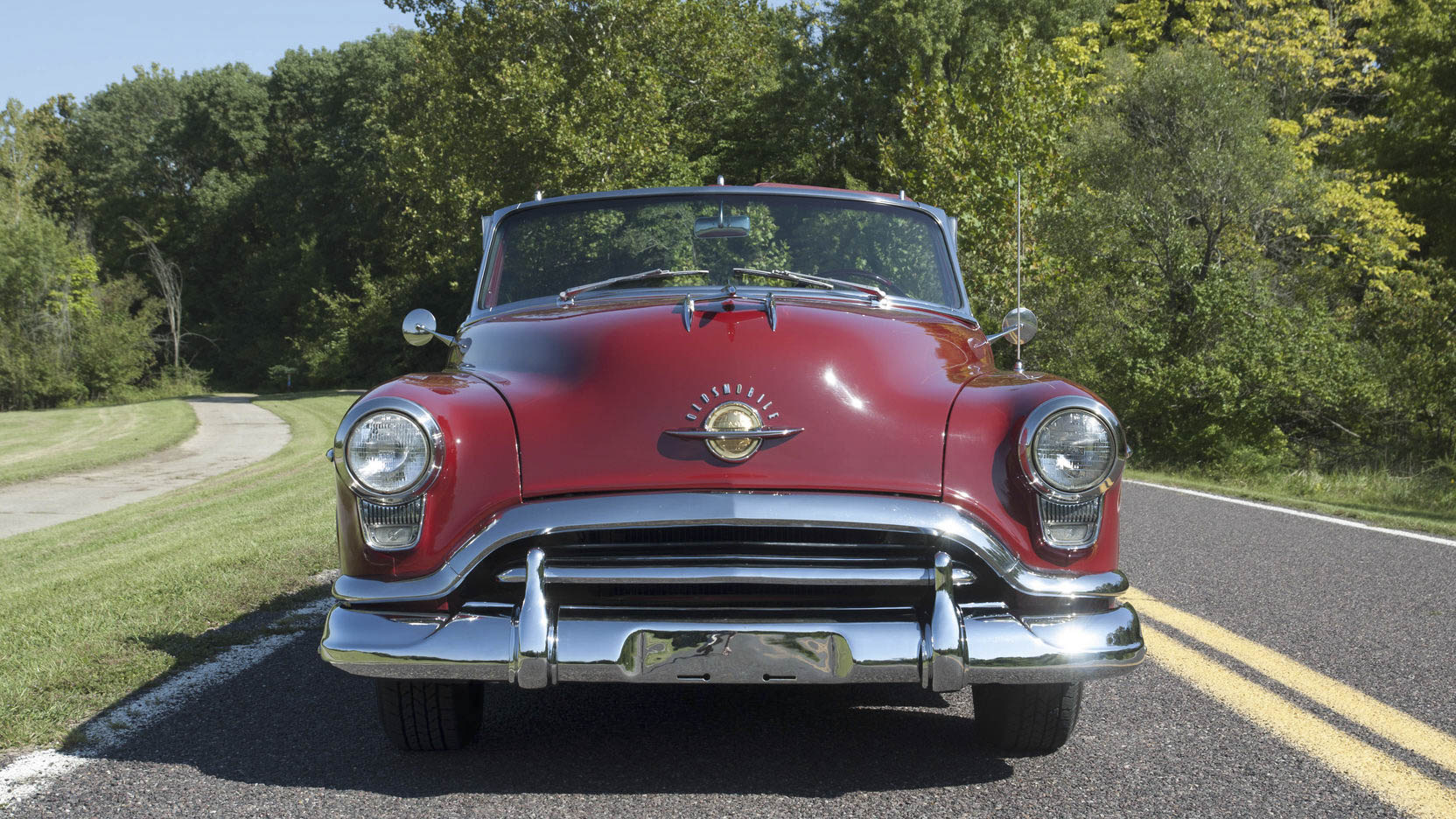 1951 Oldsmobile 88 front