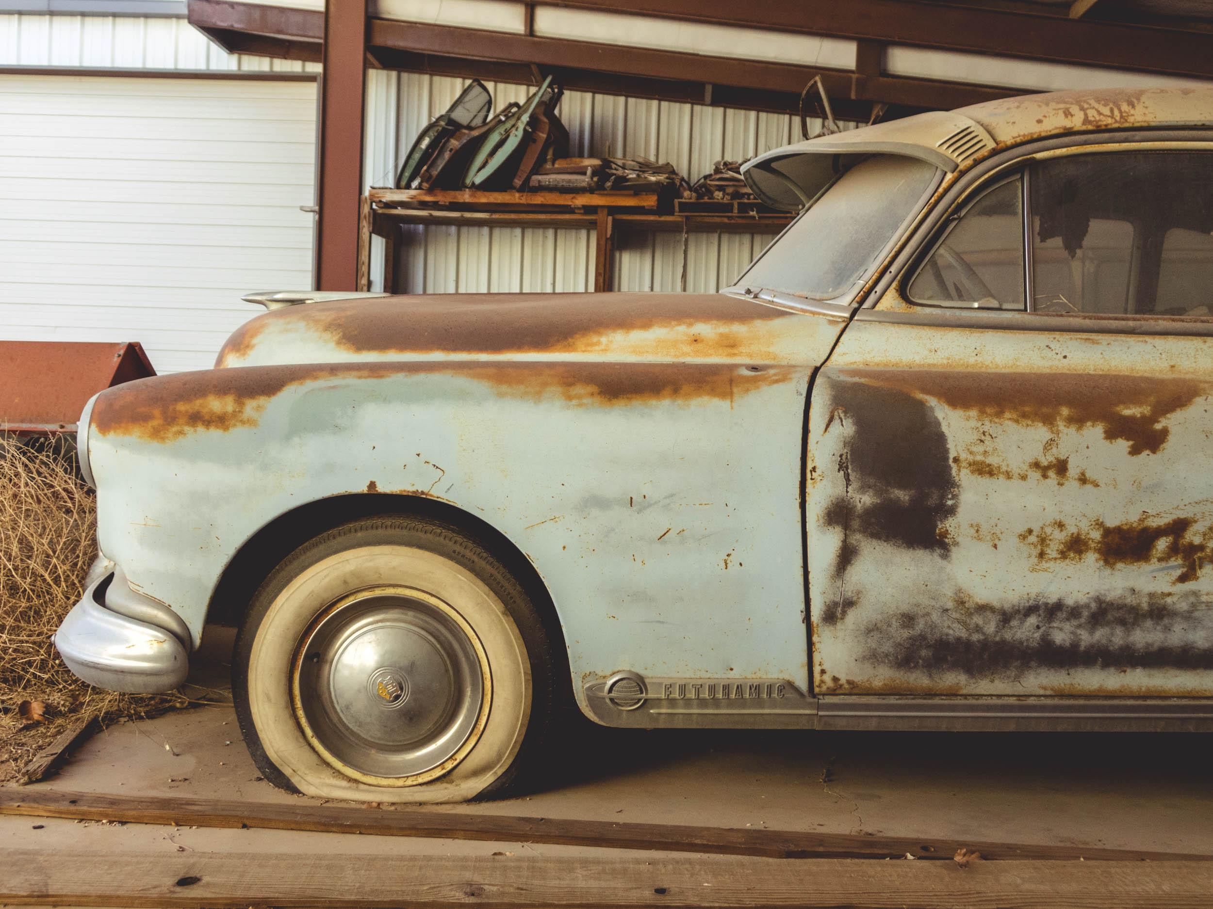 Oldsmobile 88 front