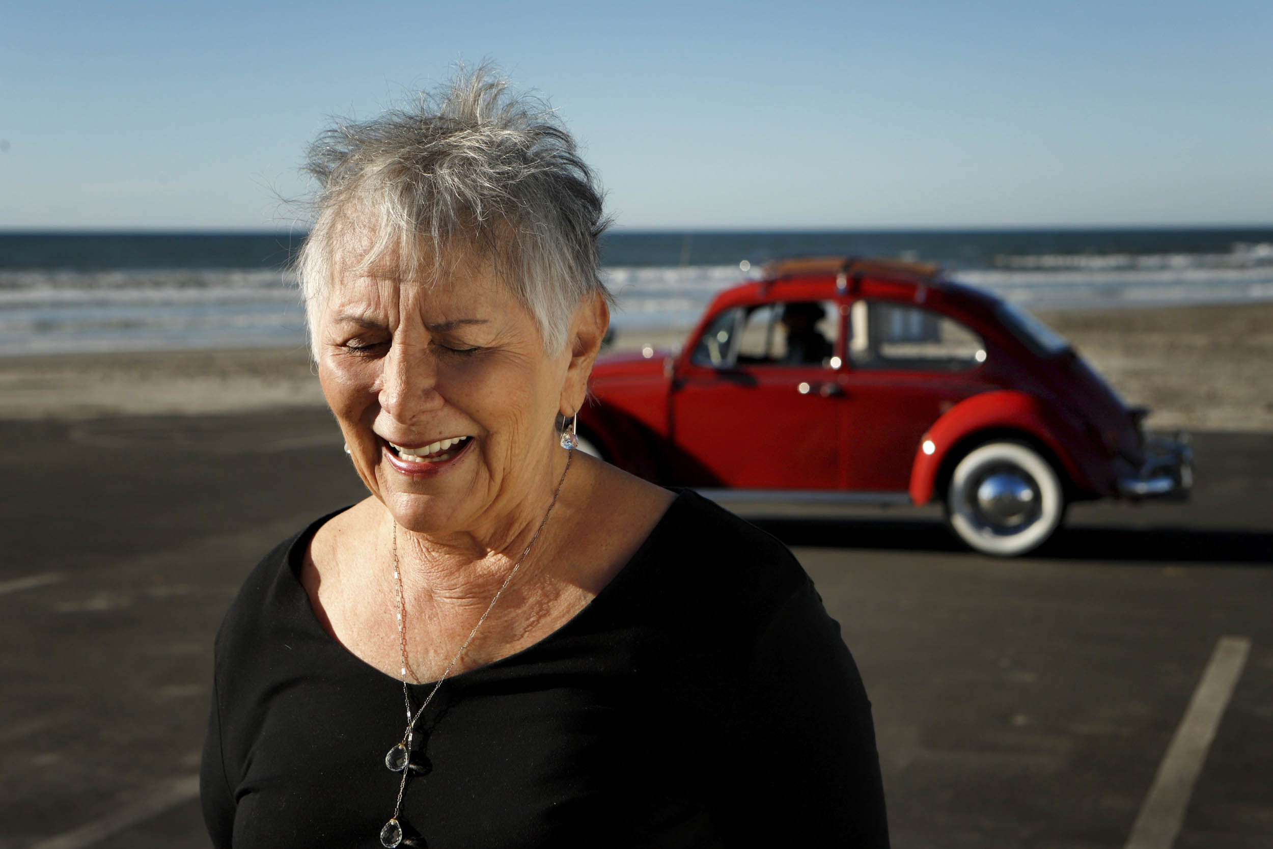 Annie receiving her restored 1967 Volkswagen Beetle