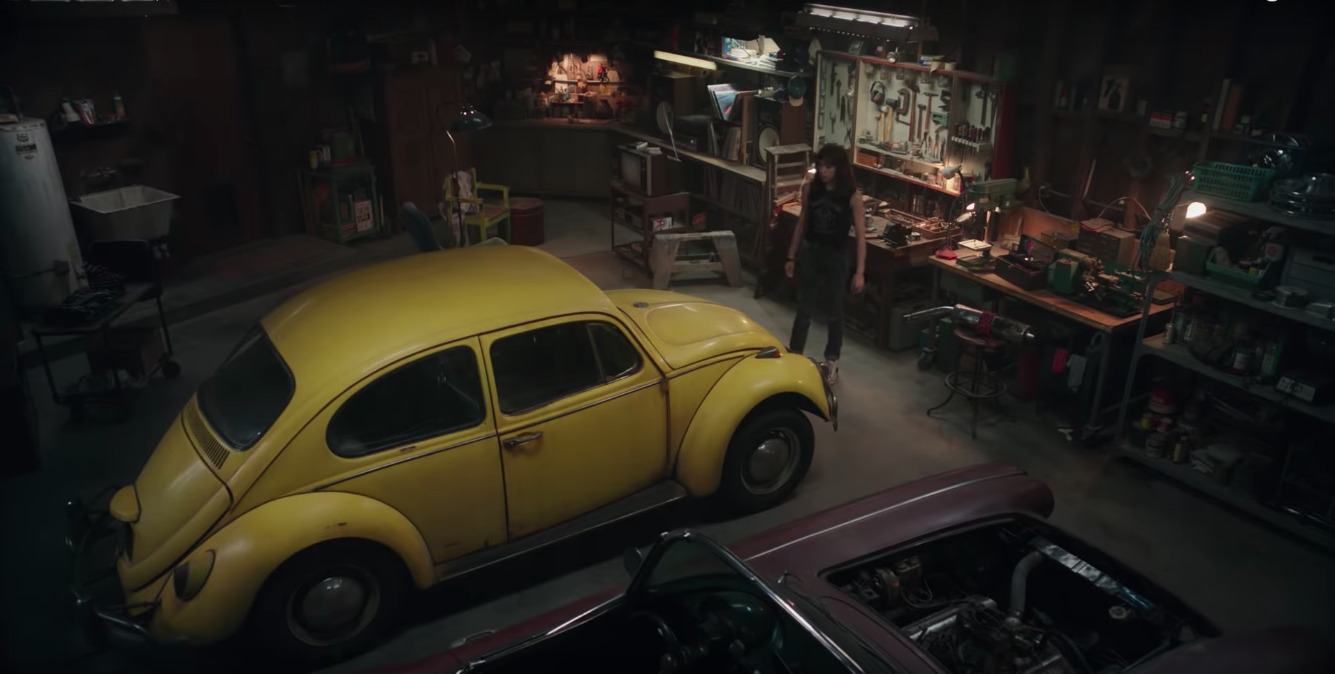 Bumblebee in garage with corvette c1