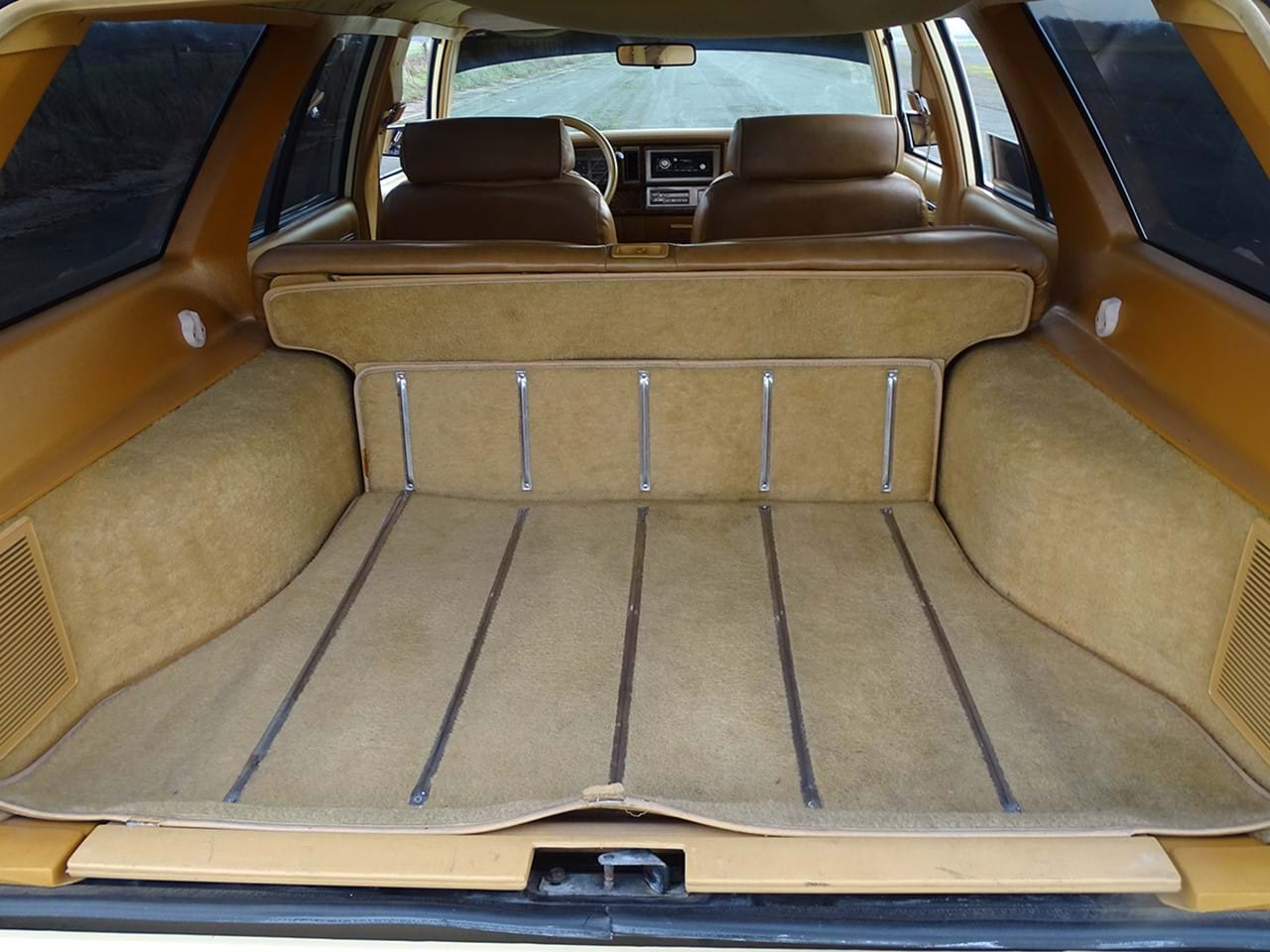 1985 Chrysler LeBaron Town and Country Wagon rear floor