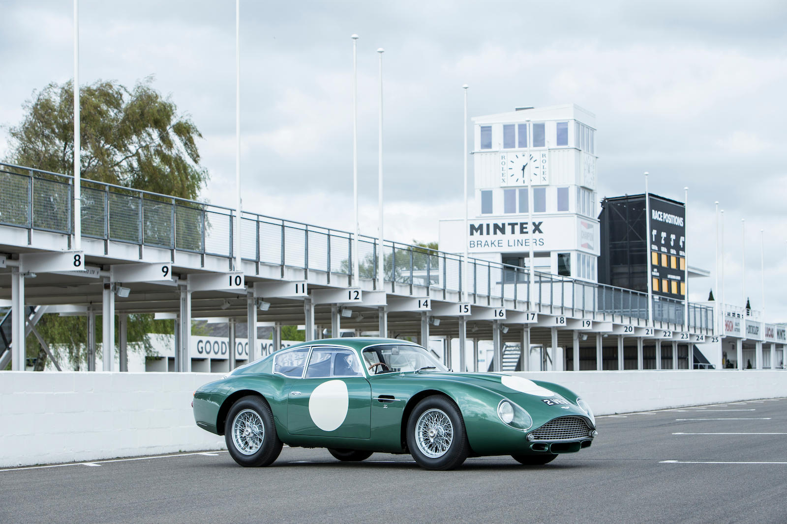 1961 Aston Martin DB4GT 3/4 race track front
