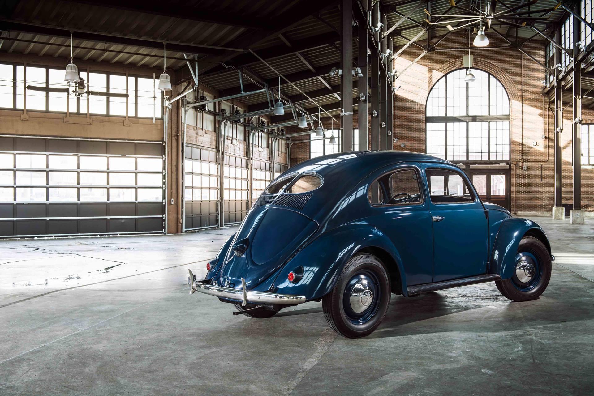 1949 Volkswagen Beetle rear 3/4