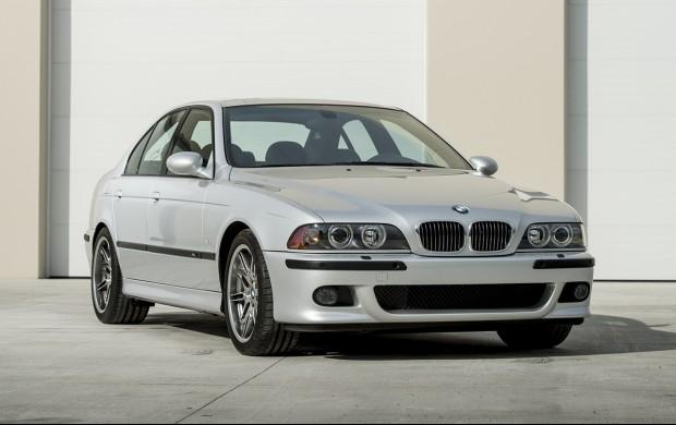 2002 BMW M5 (E39)