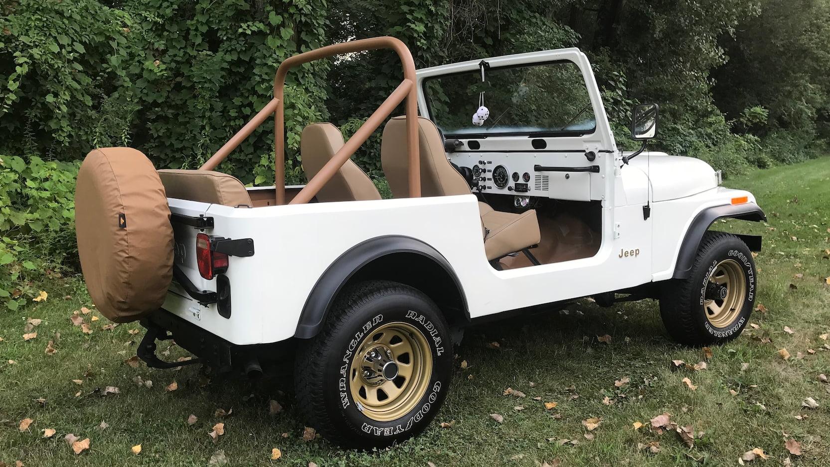 1977 Jeep CJ-7 side rear profile