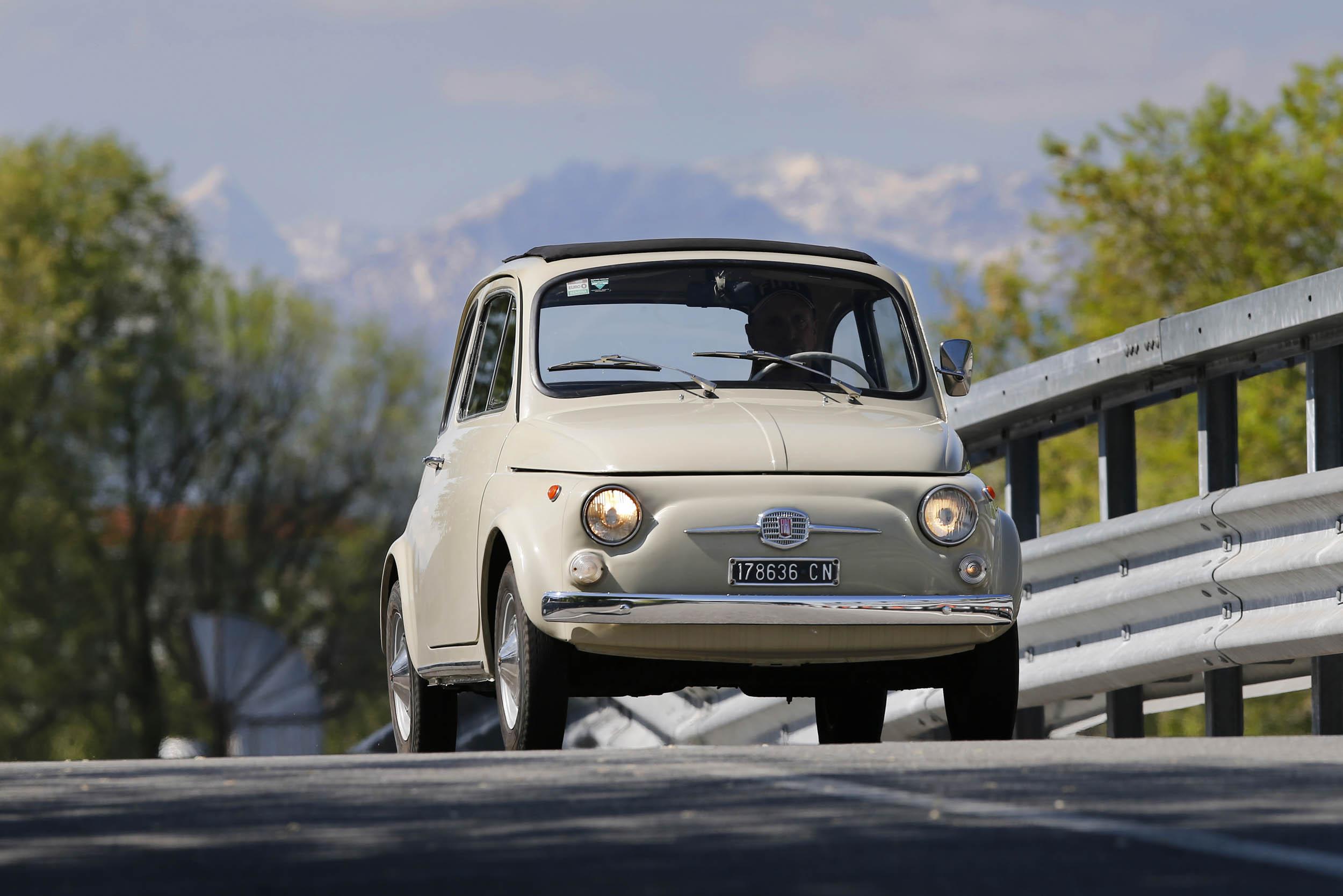 FIAT 500 F driving