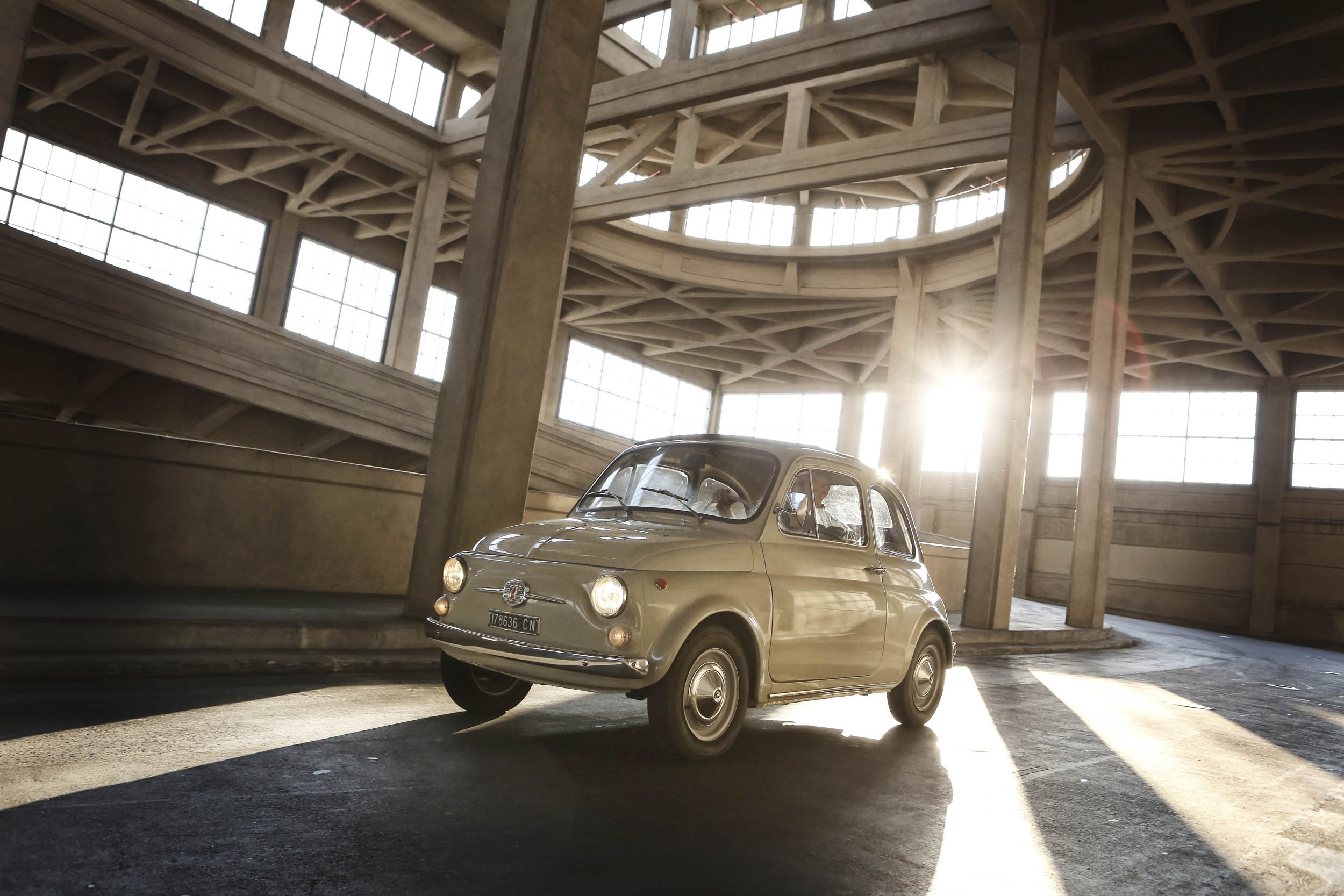 FIAT 500 F in a parking structure