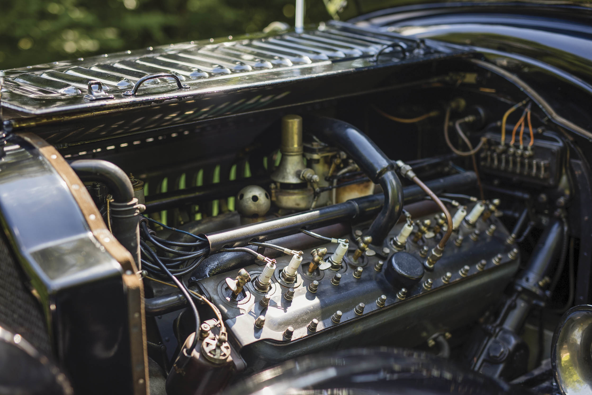 1915 Packard Twin-Six Seven Passenger Touring engine