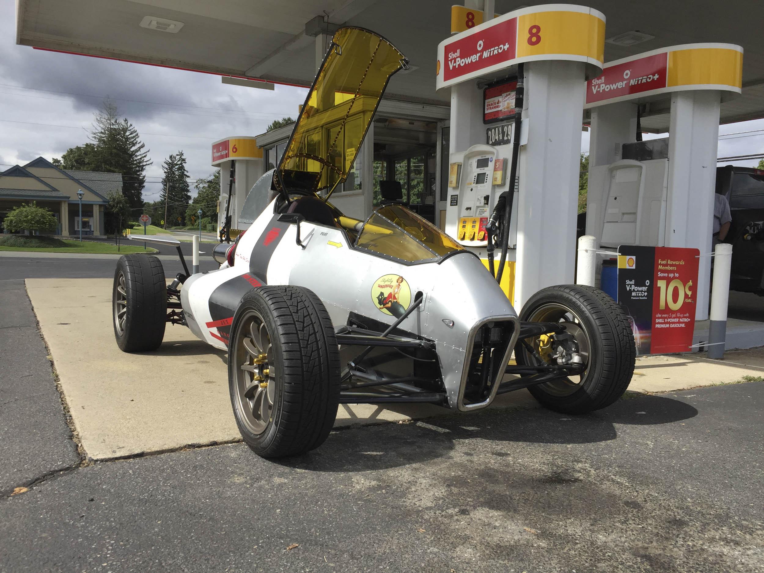 2JetZ fueling up