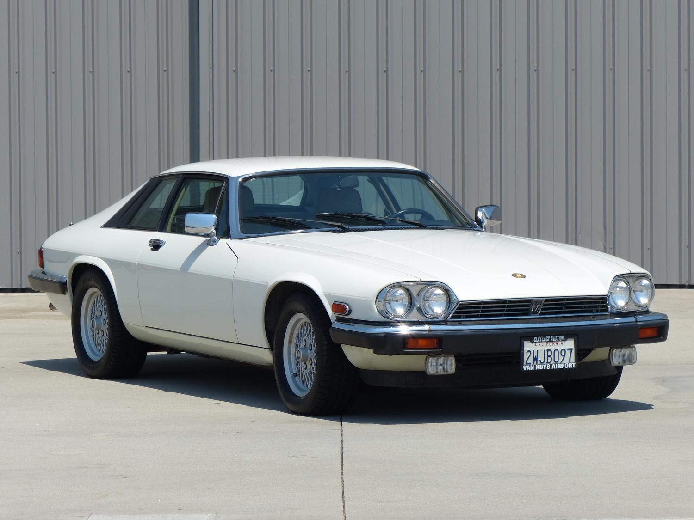 1990 Jaguar XJ-S 3/4 front