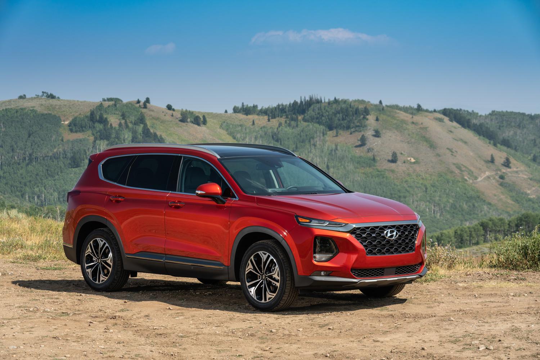 2019 Hyundai Santa Fe 3/4 front