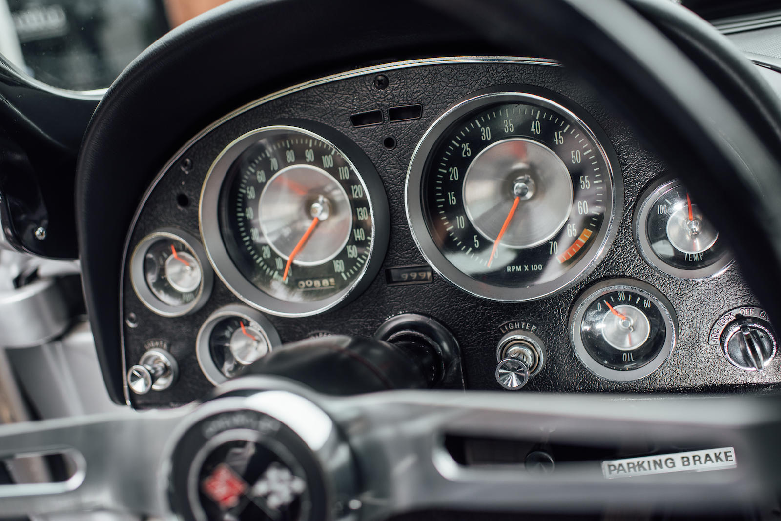 1963 Chevrolet Corvette gauges