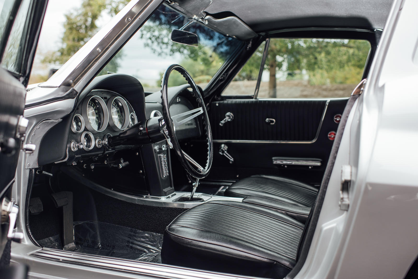 1963 Chevrolet Corvette driver interior
