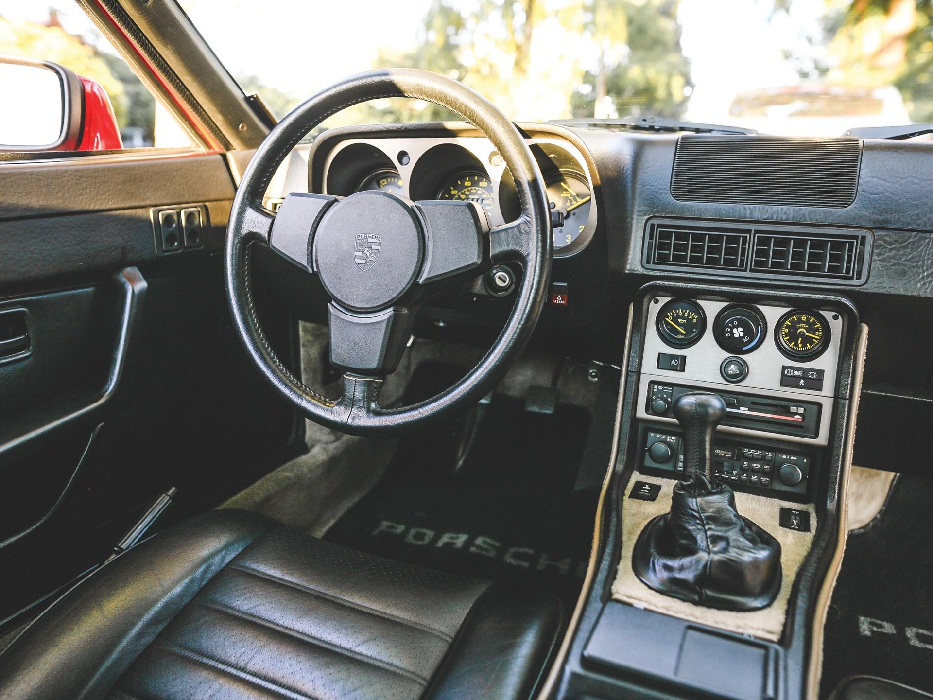 1984 Porsche 944 interior drivers seat