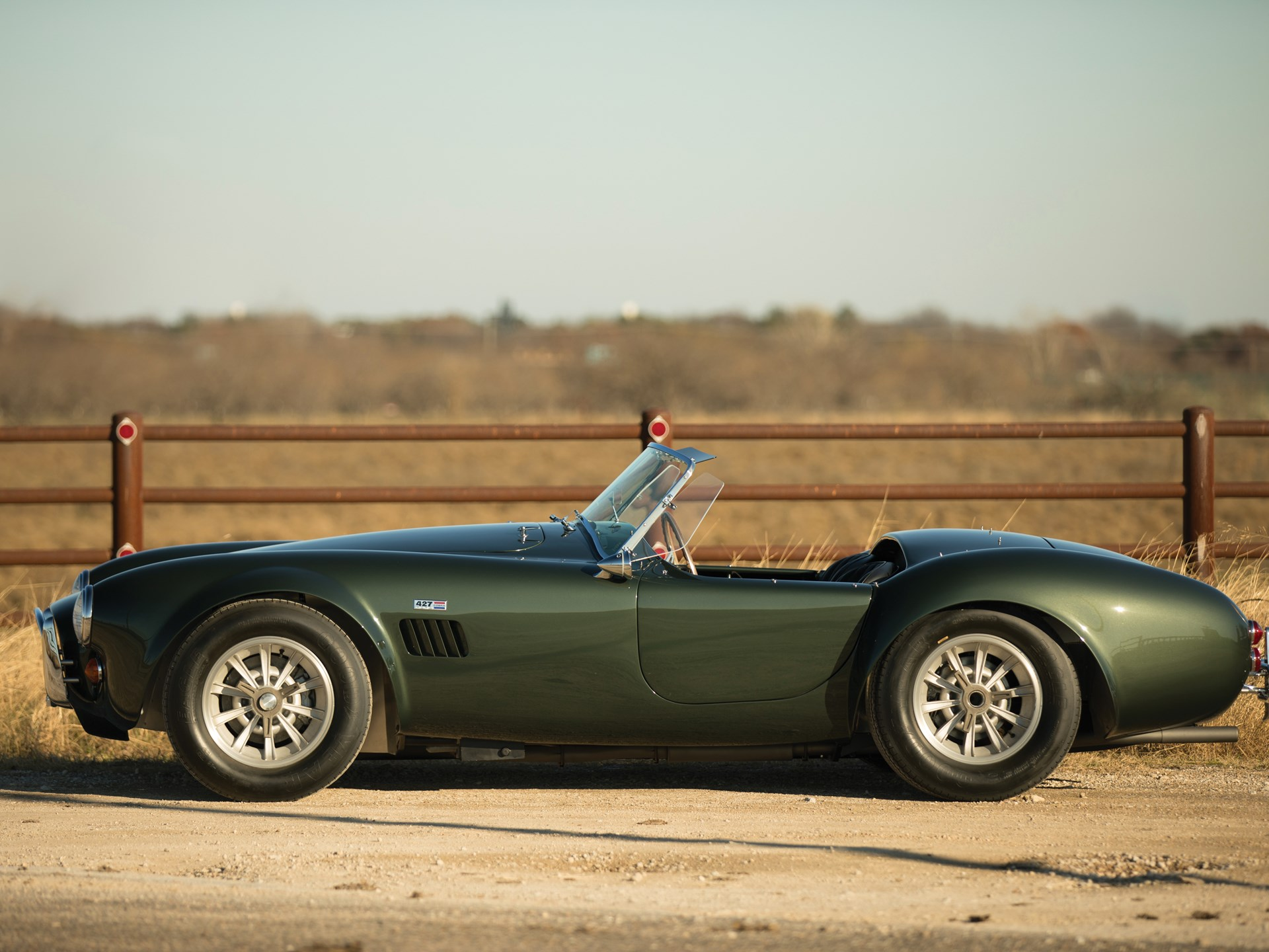 1967 Shelby 427 Cobra side profile